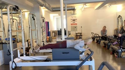 Reformer Mentoring #7b Overhead Press and Swan by Zayna Gold Online