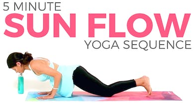 5 minute Sun Flow by Sarah Beth Yoga