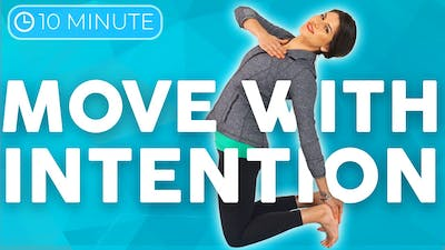 10 minute Uplifting Yoga Flow 💙 MOVE with Intention by Sarah Beth Yoga