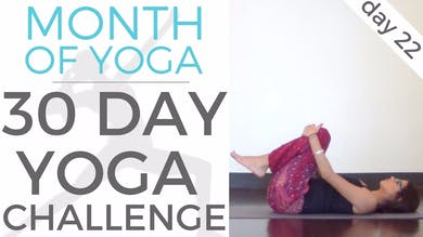 Day 22 - Observation // #MonthOfYoga - 30 Day Yoga Challenge by Sarah Beth Yoga