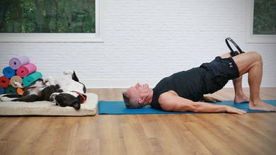 20 Minute Mat Series - Pilates Mat with Glute and Thigh Focus by John Garey TV