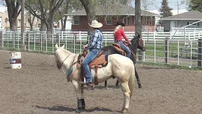 Amberley Snyder: Reverse-Arc Drill by Horse&Rider OnDemand