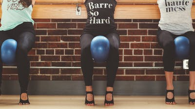 BARRE.SO.HARD with Amber 50 mins Mar 28, 2020 by Barre Body Studio
