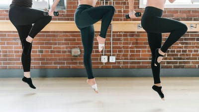 Cardio + Core with Tara 10-mins by Barre Body Studio