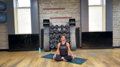 Yoga Flow 45 w/Jamie #1 by THE ACADEMY On Demand