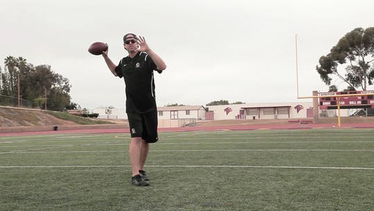 Instant Access to 4.2 Quarterback Tips by eCoach, powered by Intelivideo