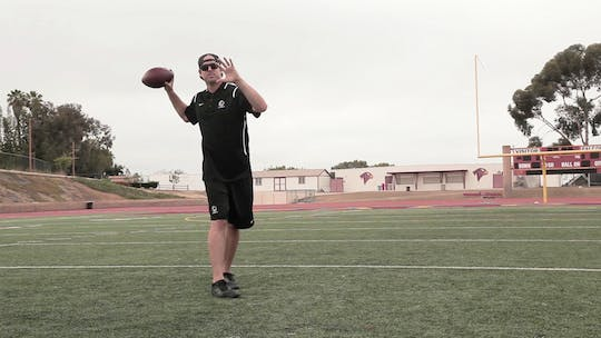 4.2 Quarterback Tips by eCoach, powered by Intelivideo